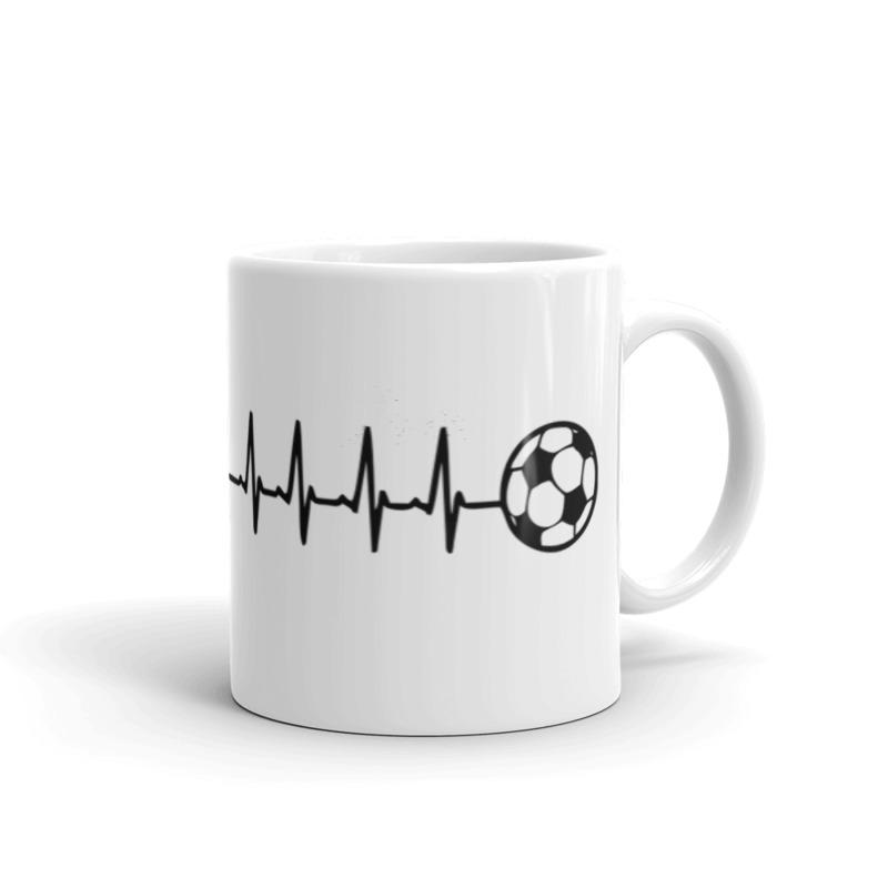 Futbolas ant puodelio